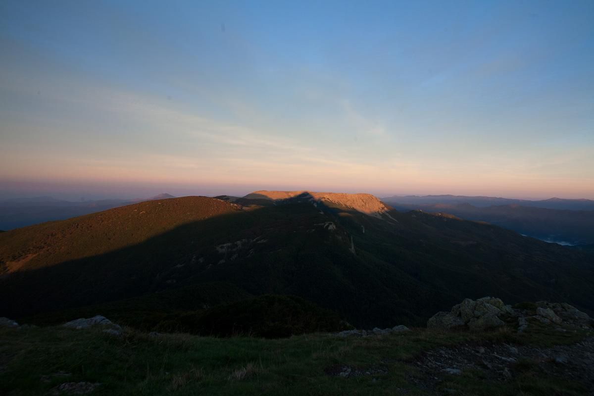 Monte Aiona con l'ombra del Monte Penna